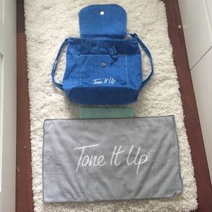 Tone It Up bag, towel, booty band bundle